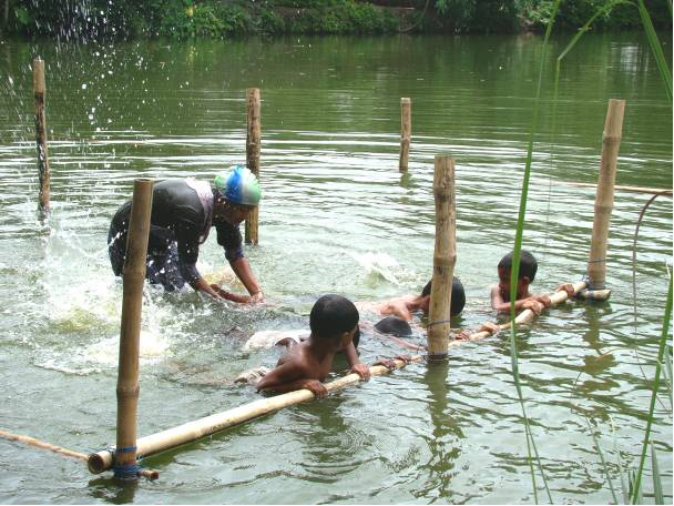 A SwimSafe lesson in action in rural Bangladesh